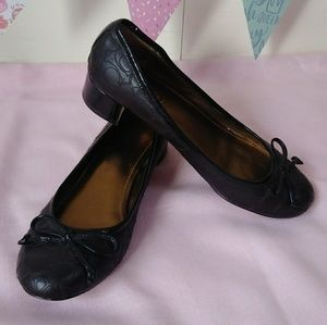 COACH ballet heel pump signature Odette brown sz 6